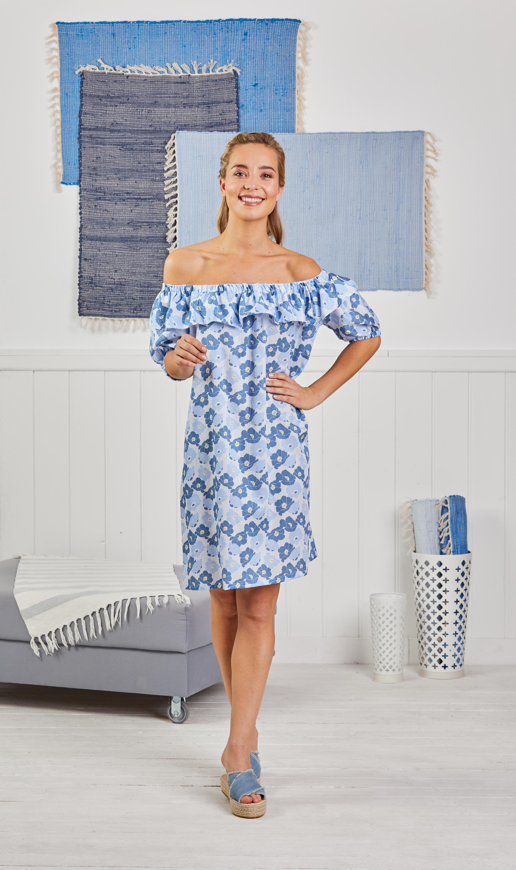 Schnittmuster für ein Kleid mit Carmen Ausschnitt