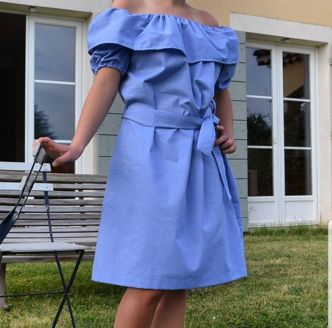 Kleid mit Volants Schnittmuster
