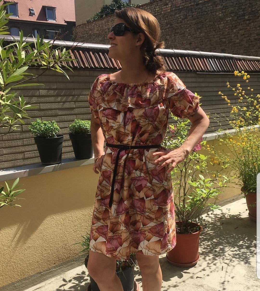 Schulterfreies Sommerkleid nähen