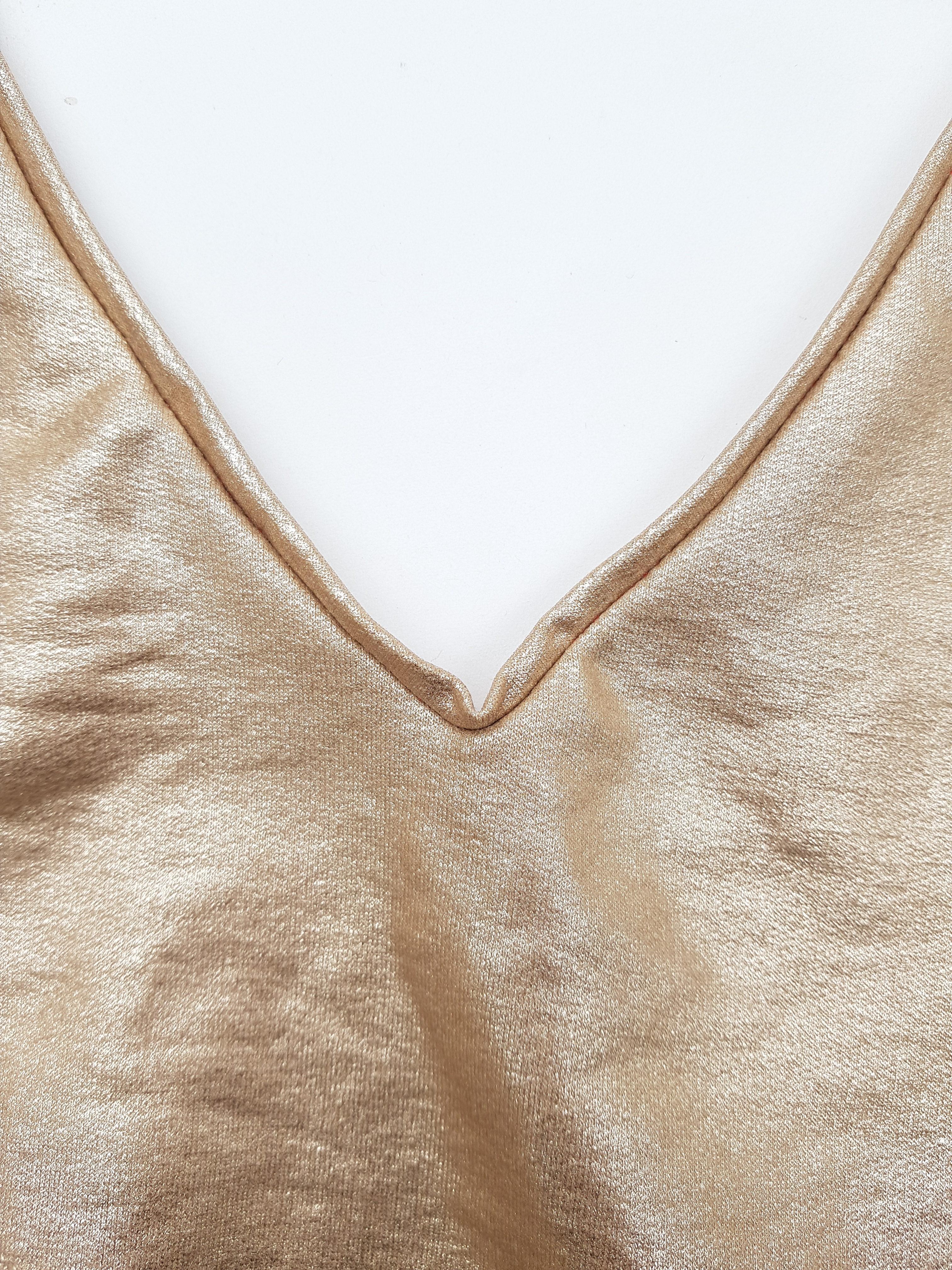 Shirt mit V-Ausschnitt nähen