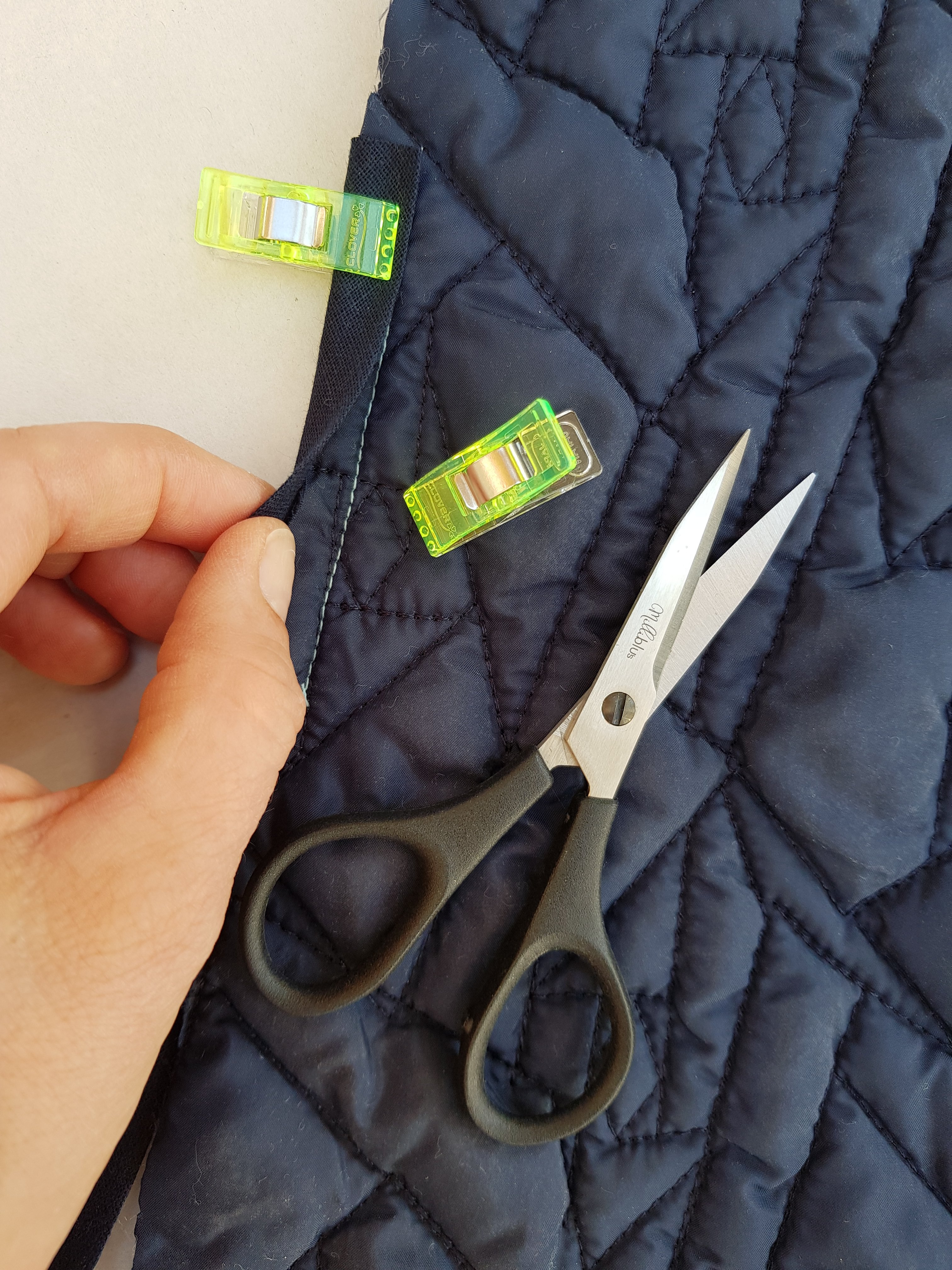 Stoffkanten mit Schrägband einfassen
